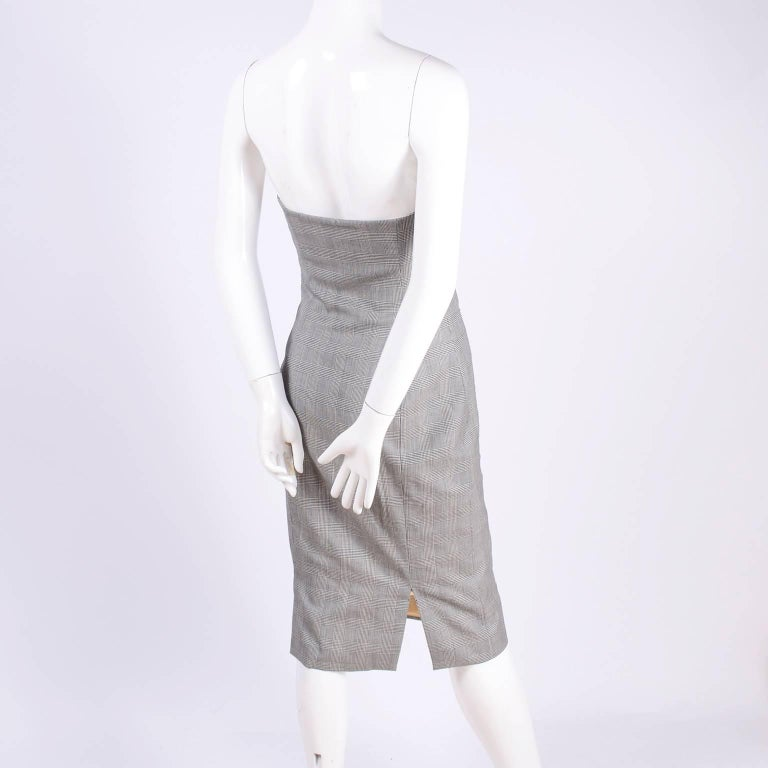Women's Versace Strapless Runway Dress in Houndstooth Plaid, Spring 1998 For Sale
