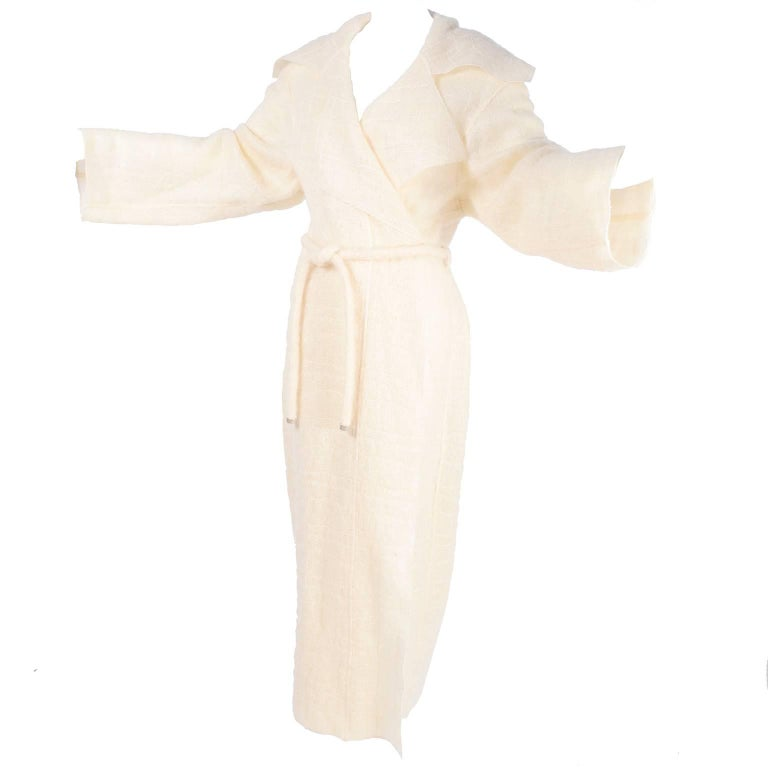 Chanel Coat in Cream Mohair Wool, Autumn / Winter 1998 For Sale