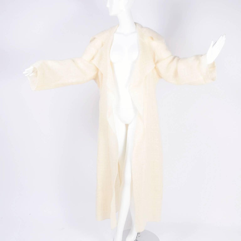 White Chanel Coat in Cream Mohair Wool, Autumn / Winter 1998 For Sale