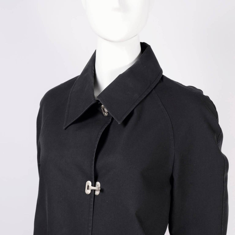 Women's Celine Black Raincoat With Metal Toggle Buckles & Pockets Size 40 For Sale