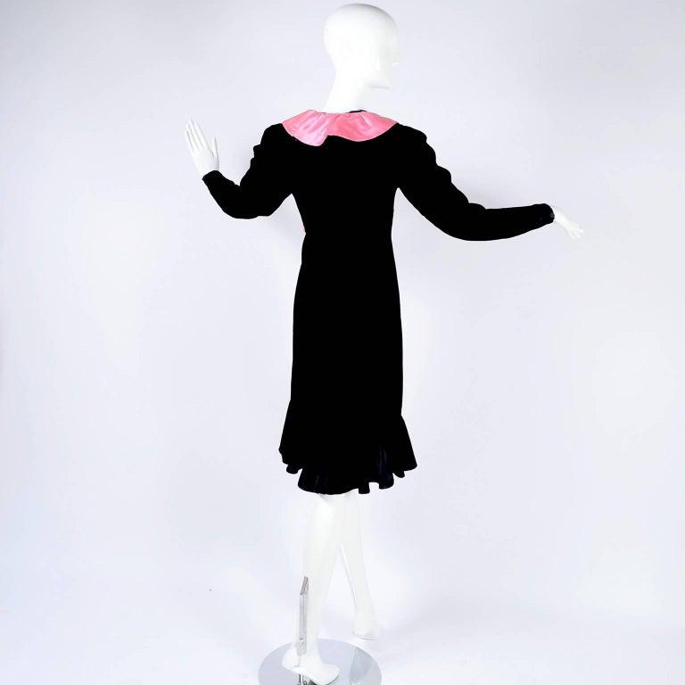 1980s Oscar de la Renta Vintage Dress in Black Velvet with Pink Satin Ruffles For Sale 8
