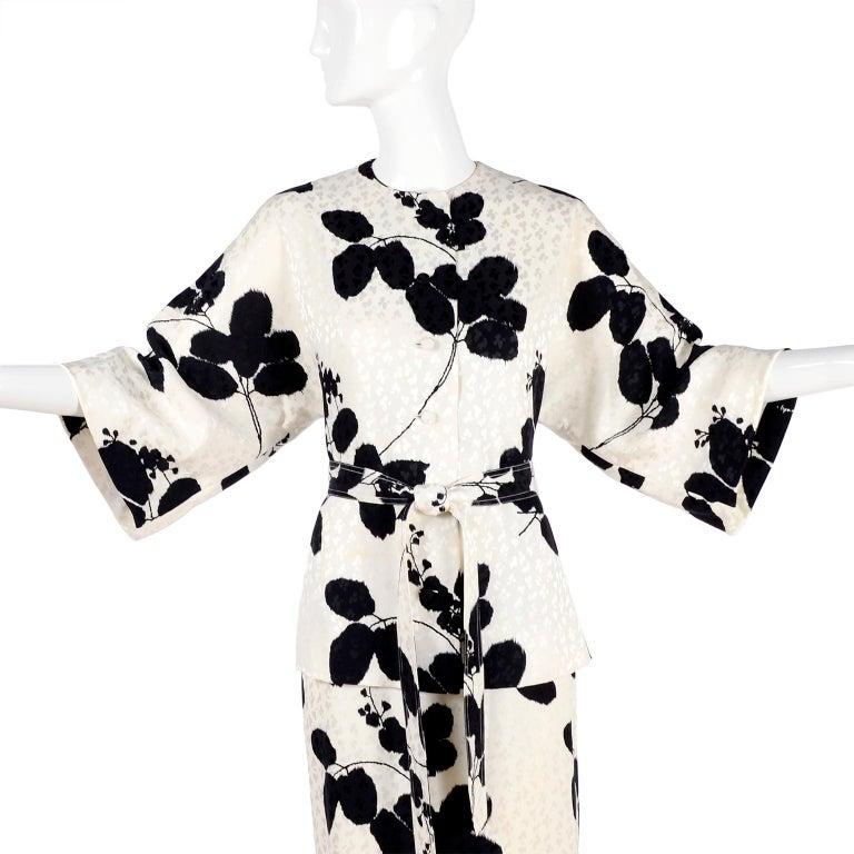 I Magnin Silk Dress 2 Pc Black & Ivory Graphic Floral Print Kimono Sleeves For Sale 5