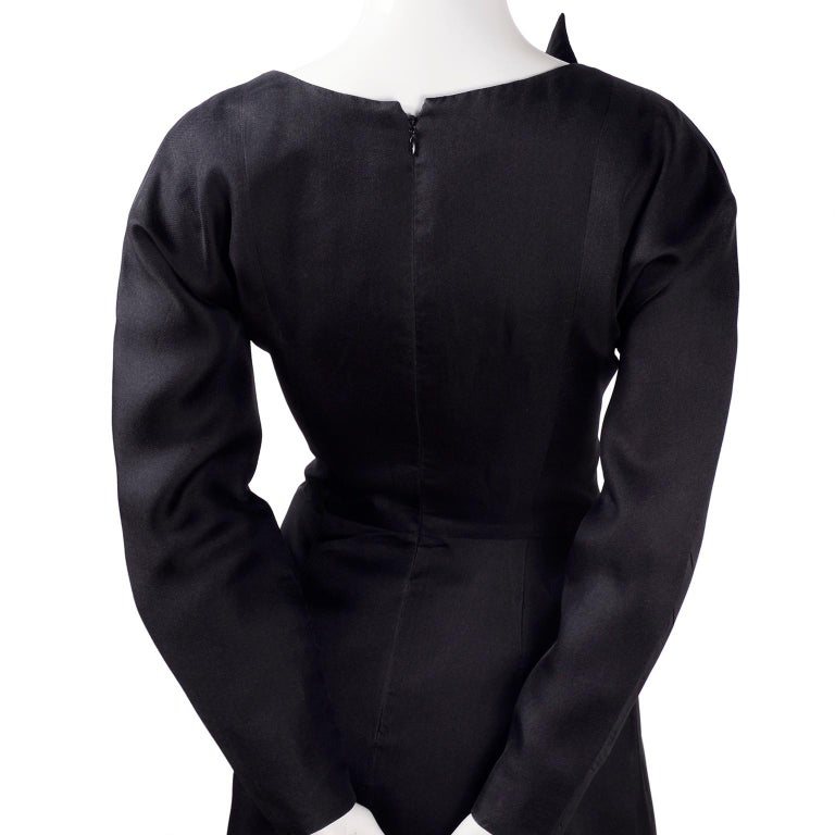 Vintage Black Geoffrey Beene Dress W/ Detailed Origami Folds & Styling For Sale 3