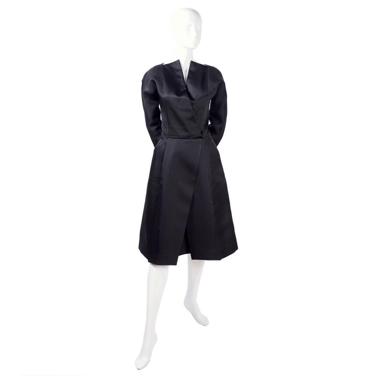 Vintage Black Geoffrey Beene Dress W/ Detailed Origami Folds & Styling For Sale 5