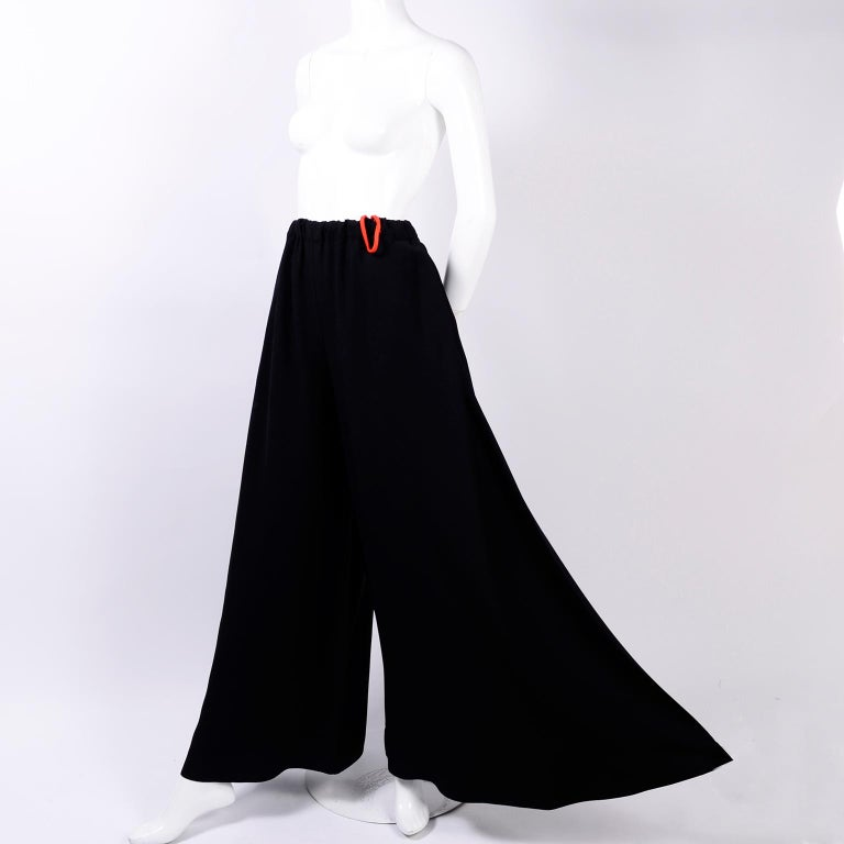 1970s Anne Klein Black Pants W/ Extra Wide Legs Evening Skirt Alternative In Excellent Condition For Sale In Portland, OR