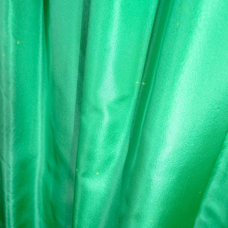 Nina Ricci Color Block Green Taffeta and Purple Silk Evening Gown with Pink Bow For Sale 1