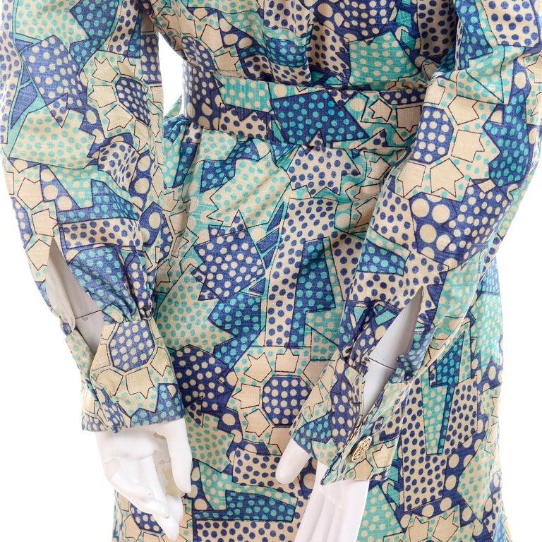 Blue Polka Dot Floral Patchwork Print Vintage silk Shirt Dress, 1970s  For Sale 3