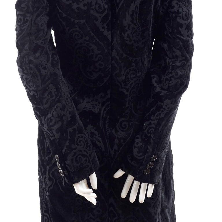 Dolce & Gabbana Cut Velvet Vintage Evening Coat In Excellent Condition For Sale In Portland, OR
