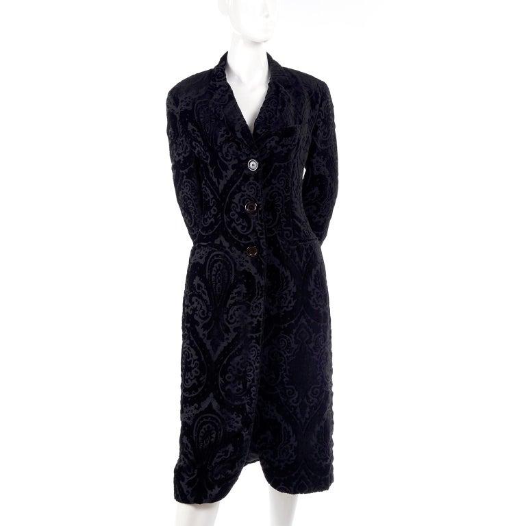 Dolce & Gabbana Cut Velvet Vintage Evening Coat For Sale 6