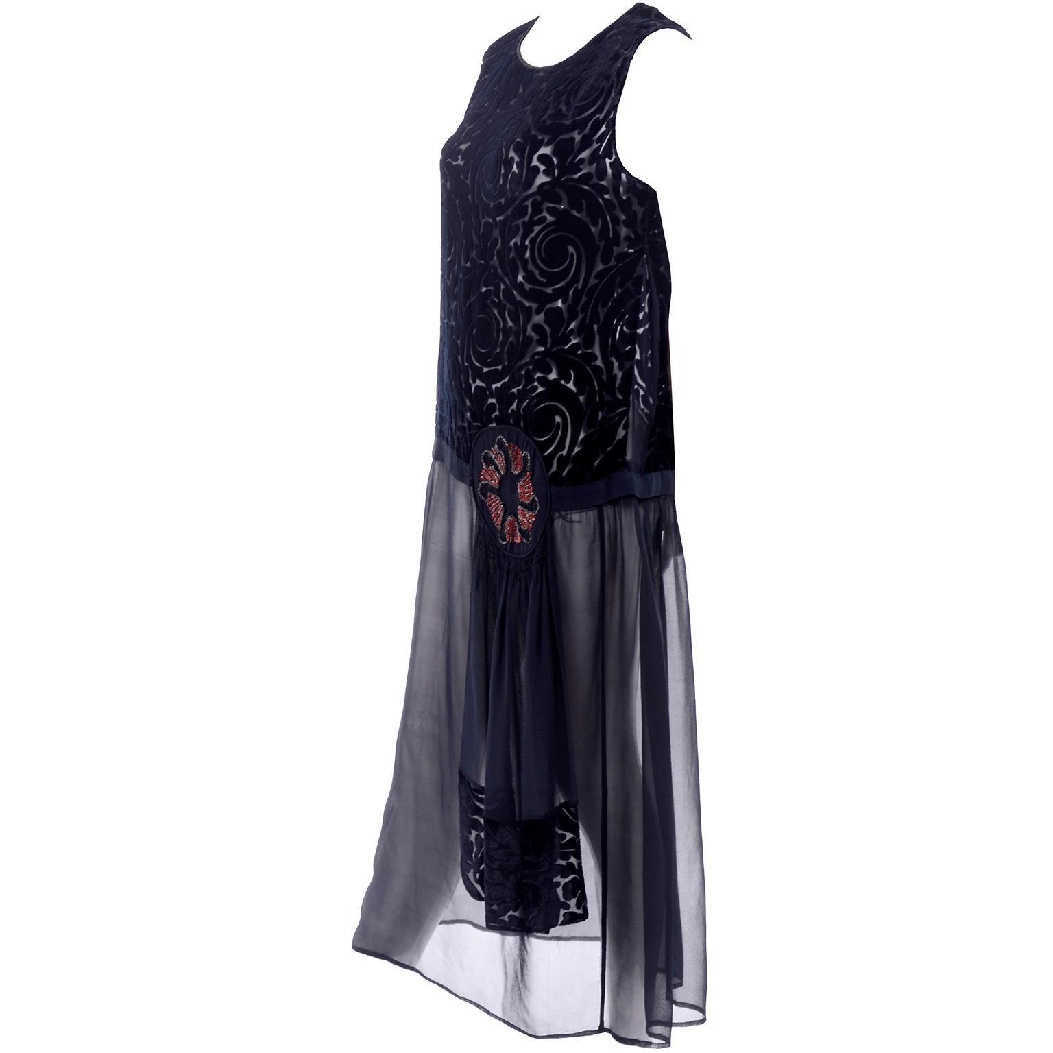 8fcd2245c4 Beaded Flapper Dresses - 70 For Sale on 1stdibs