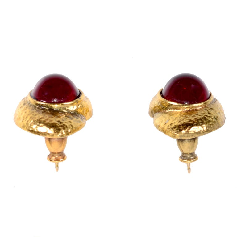 Yves Saint Laurent YSL Vintage Pierced Earrings With Red Cabochons in Gold Metal For Sale 2