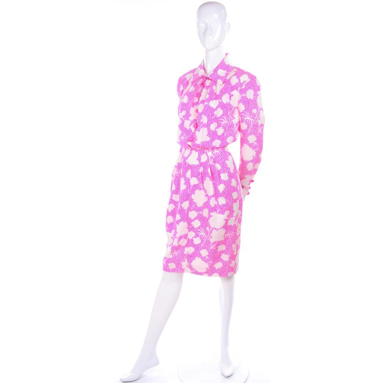 1980s Vintage Givenchy Pink & White Floral Dot Silk Day Dress  In Good Condition For Sale In Portland, OR