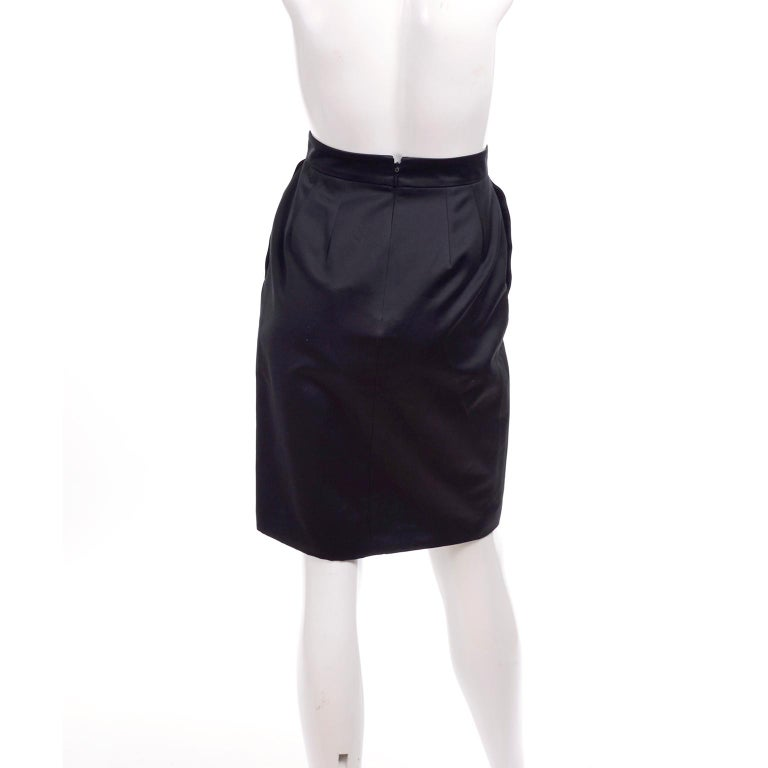 Women's New Gucci Skirt 2011 Black Pencil Skirt W Gold Buckles & Leather Tassels W/ Tags For Sale