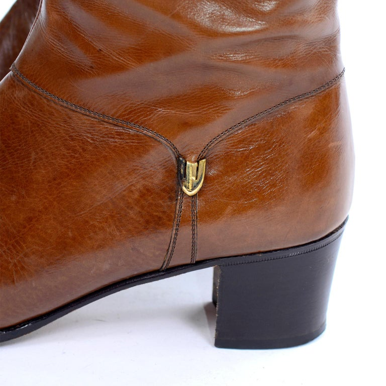 Women's Ferragamo Vintage Caramel Brown Leather Boots Size 8.5 AA For Sale