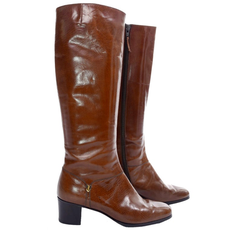 Ferragamo Vintage Caramel Brown Leather Boots Size 8.5 AA In Good Condition For Sale In Portland, OR