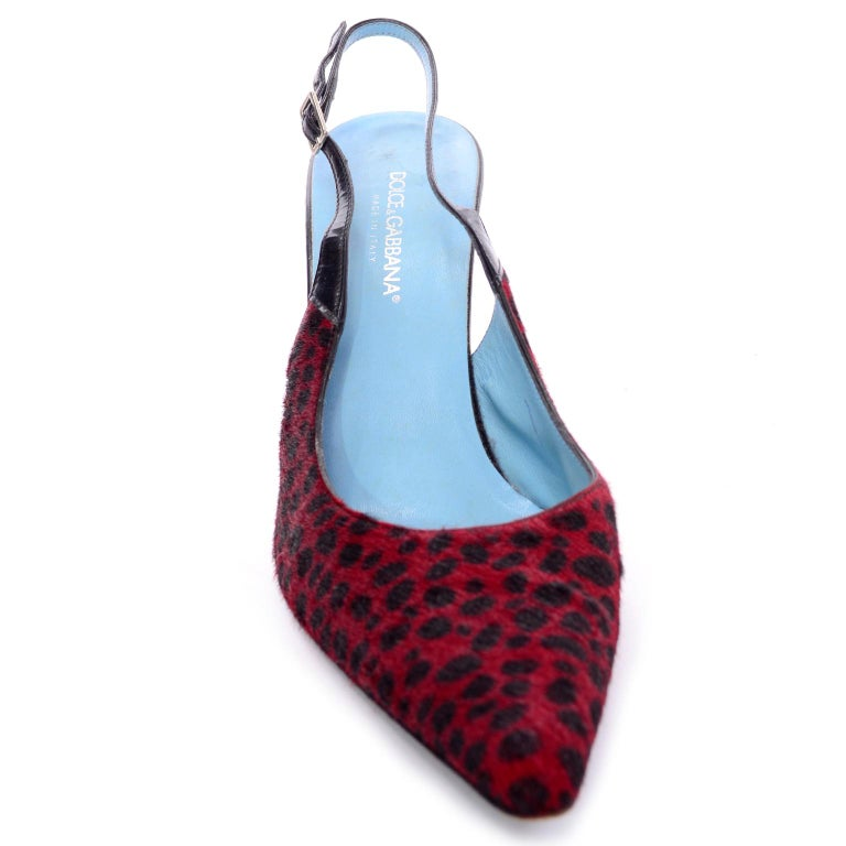 Dolce & Gabbana Animal Print Shoes in Red & Black Fur Slingback Heels For Sale 1