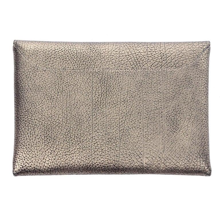 Givenchy Envelope Clutch Medium Antigona Goat Leather Handbag in Bronze Metallic For Sale 1