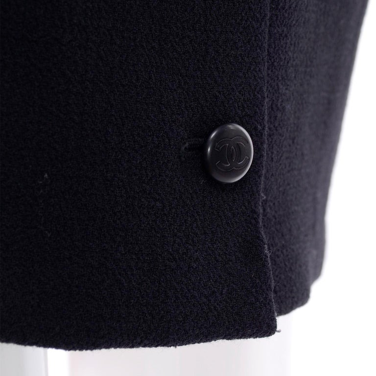 Chanel Jacket and Skirt Suit in Black Wool With Silk Lining Cruise Resort 1998 For Sale 6