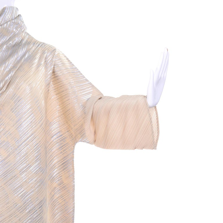 Issey Miyake A/H 1994 Asymmetrical Pleated Dress Cream & Silver Metallic w/ Tags For Sale 5