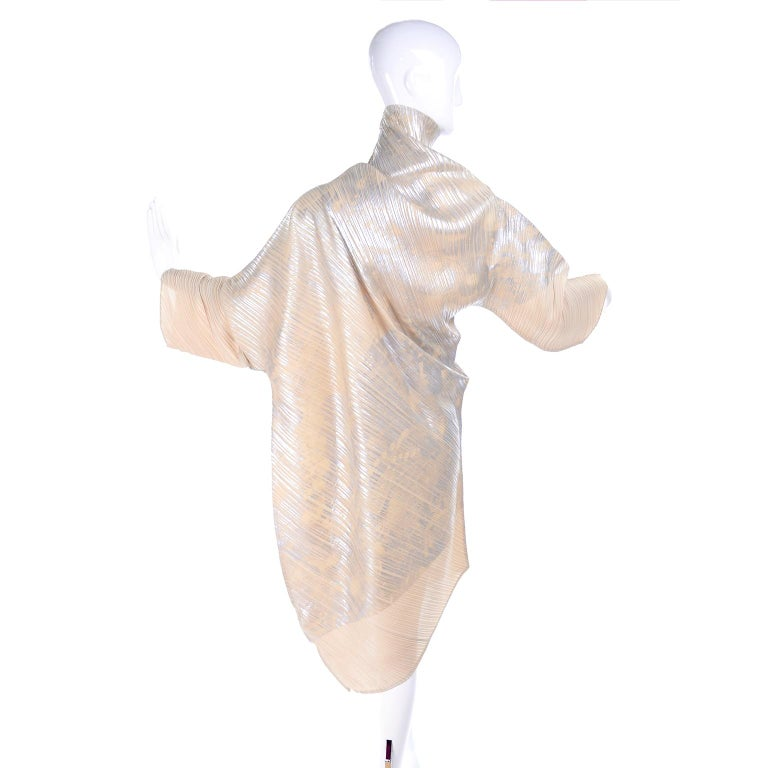 Issey Miyake A/H 1994 Asymmetrical Pleated Dress Cream & Silver Metallic w/ Tags For Sale 1