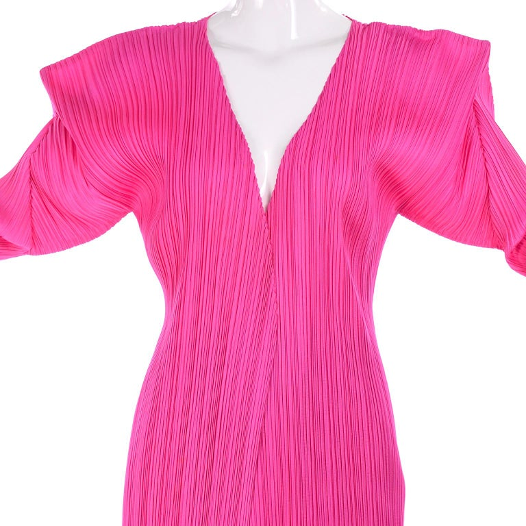 Vintage Hot Pink Issey Miyake Avant Garde Pleated Skirt and Cardigan Top In Excellent Condition For Sale In Portland, OR