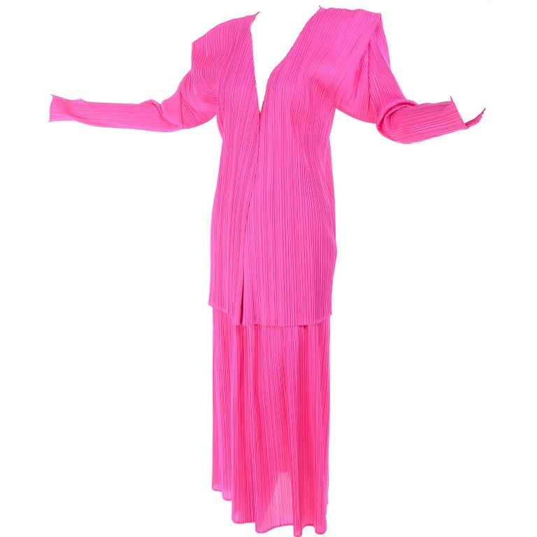 Vintage Hot Pink Issey Miyake Avant Garde Pleated Skirt and Cardigan Top For Sale 8