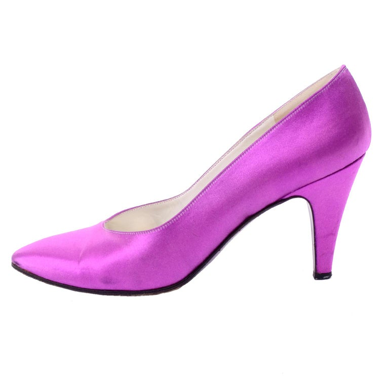 Purple Satin YSL Yves Saint Laurent Vintage Pumps 1990s Shoes w/ 3