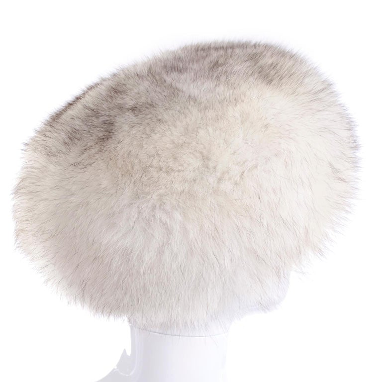 Rare James McQuay Furrier Vintage Fox Fur Hat Made in New York For Sale 1