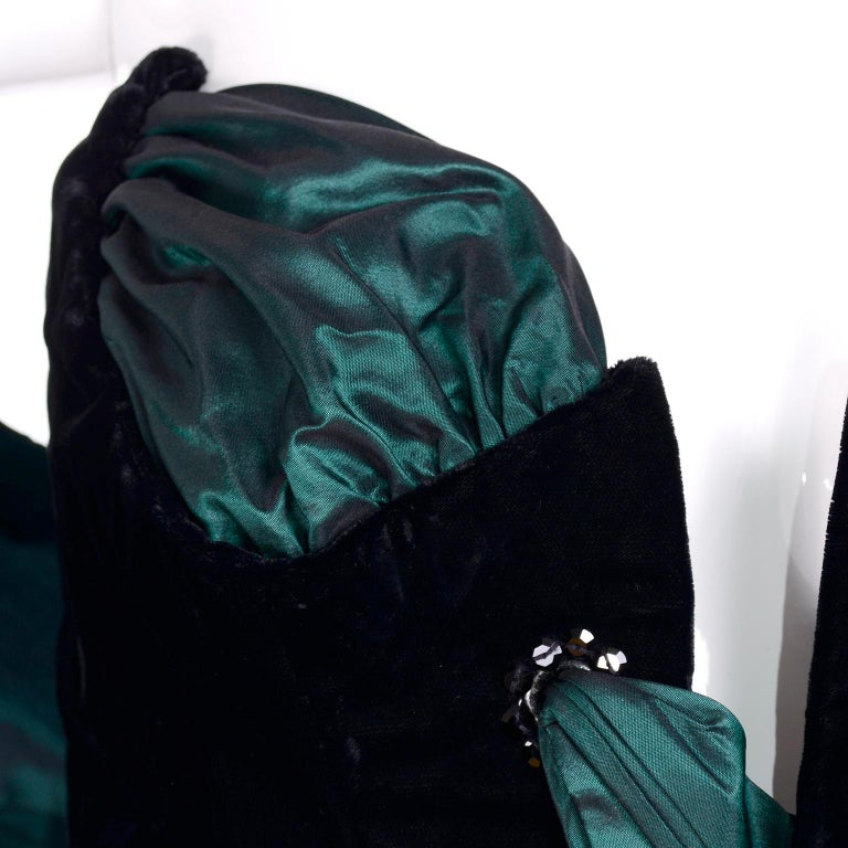 Bob Mackie Green & Wine Velvet & Taffeta Vintage Plunging Corset Dress & Wrap For Sale 6