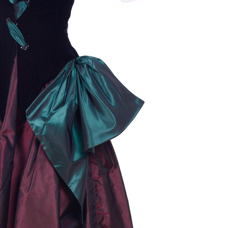 Bob Mackie Green & Wine Velvet & Taffeta Vintage Plunging Corset Dress & Wrap For Sale 8
