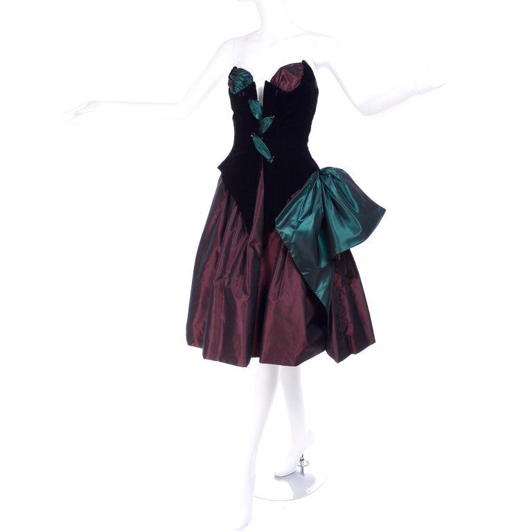 Bob Mackie Green & Wine Velvet & Taffeta Vintage Plunging Corset Dress & Wrap For Sale 1