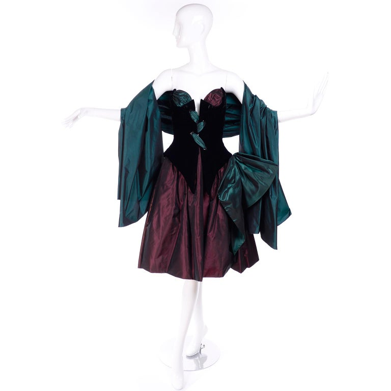 Bob Mackie Green & Wine Velvet & Taffeta Vintage Plunging Corset Dress & Wrap For Sale 10