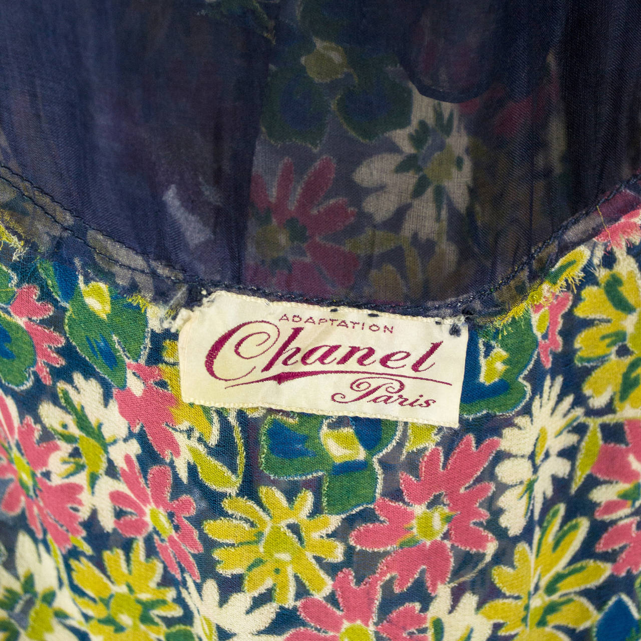 Rare 1930s Vintage Chanel Adaptation Dress Floral Velvet Applique Silk Organza For Sale 3