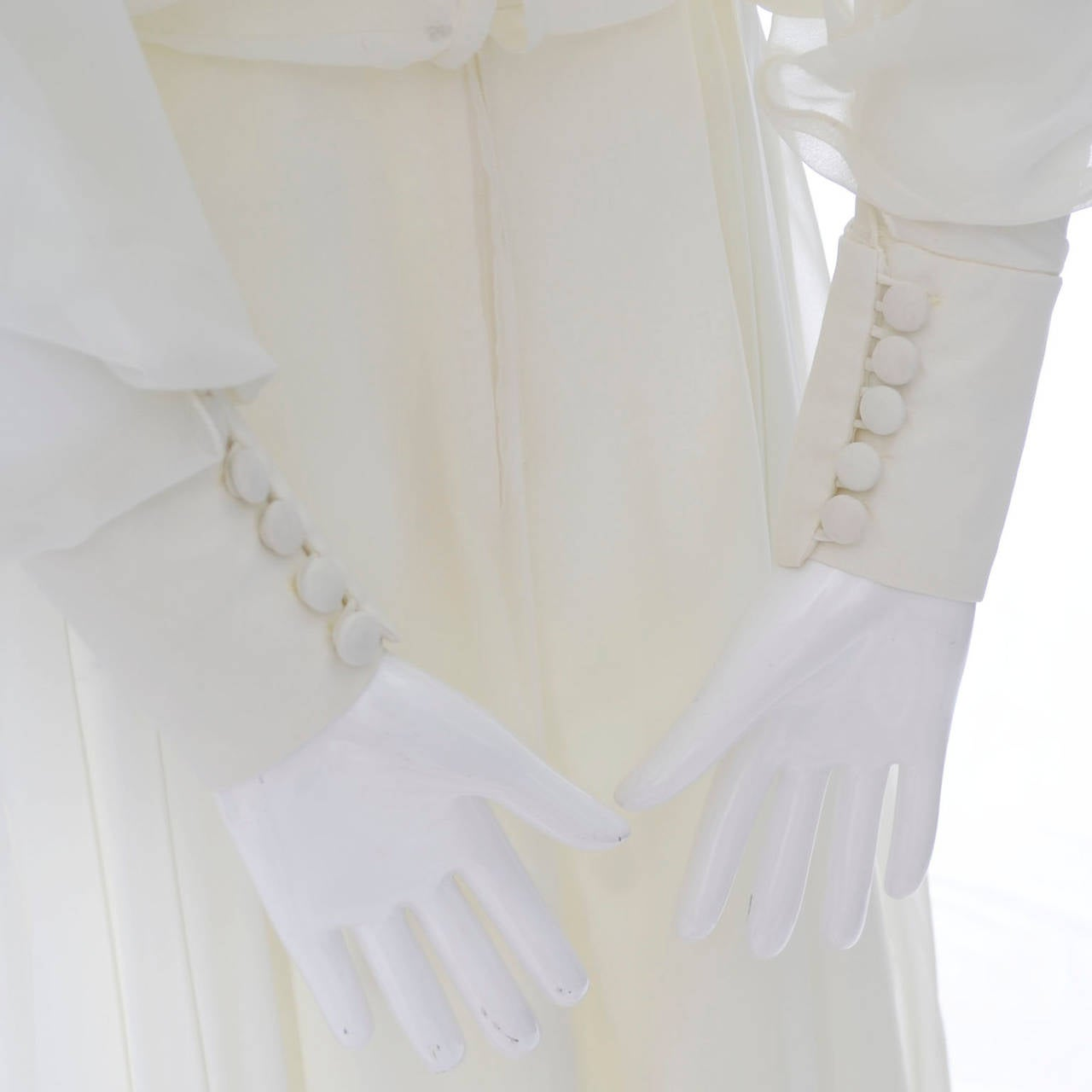 1970s Vintage Jean Varon John Bates Chiffon Designer Dress Batwing Sleeves For Sale 1