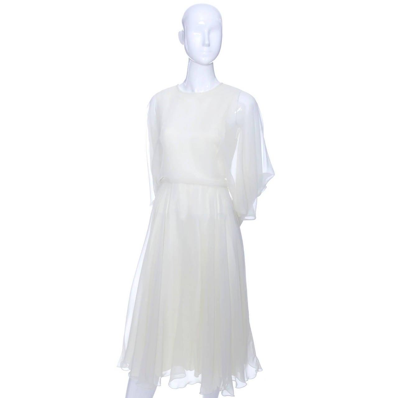 1970s Vintage Jean Varon John Bates Chiffon Designer Dress Batwing Sleeves For Sale 2