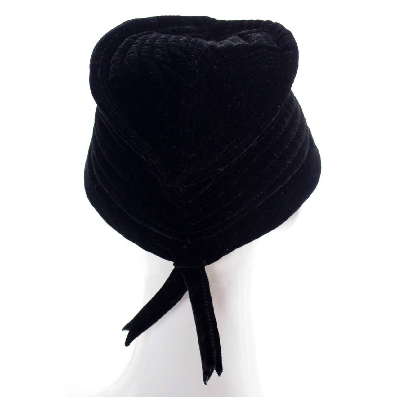 Vintage Valentino Garavani Boutique Vintage Hat Designer Velvet Cap 3