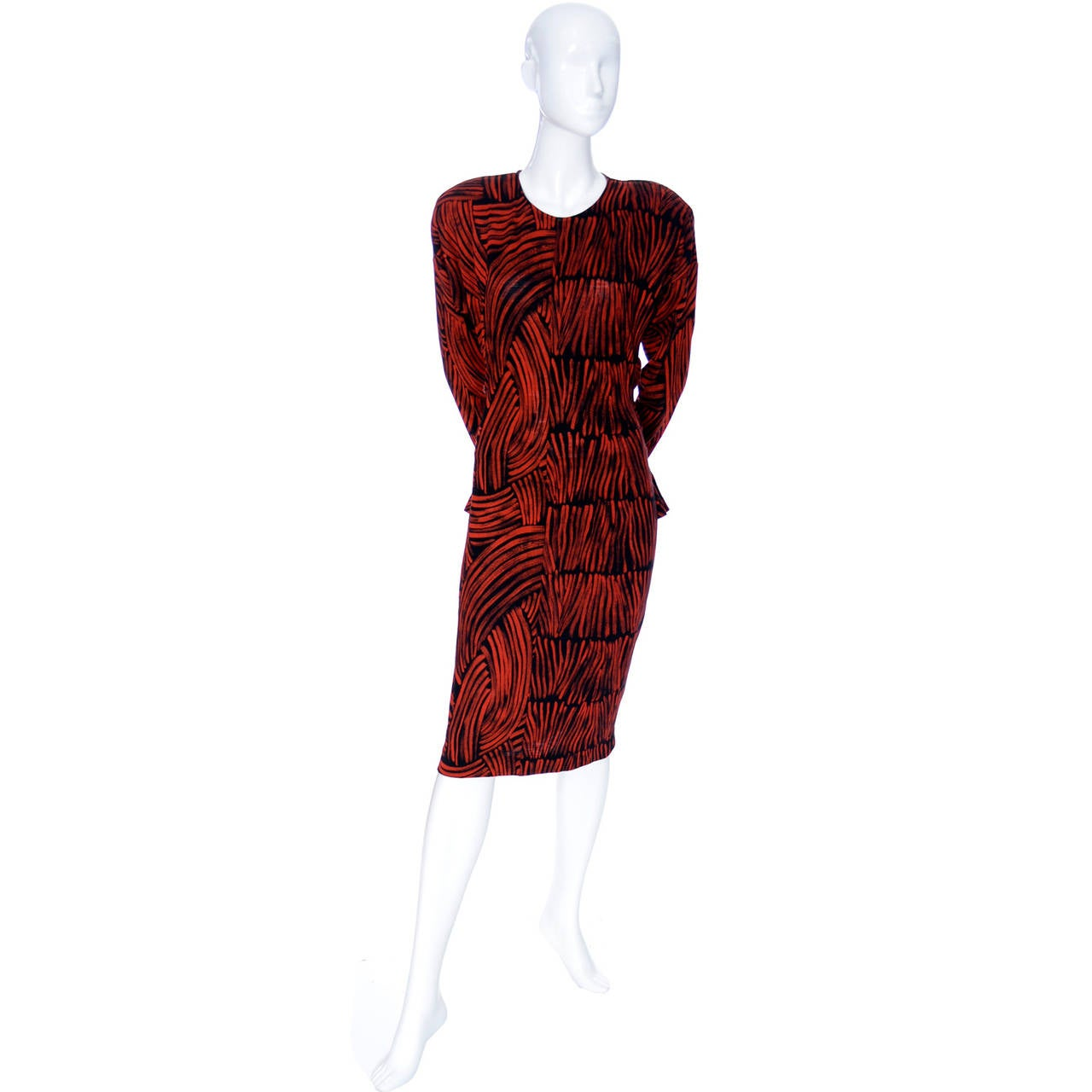 Vintage Missoni Dress I Magnin Abstract Red Black Print Peplum Italy In Excellent Condition For Sale In Portland, OR