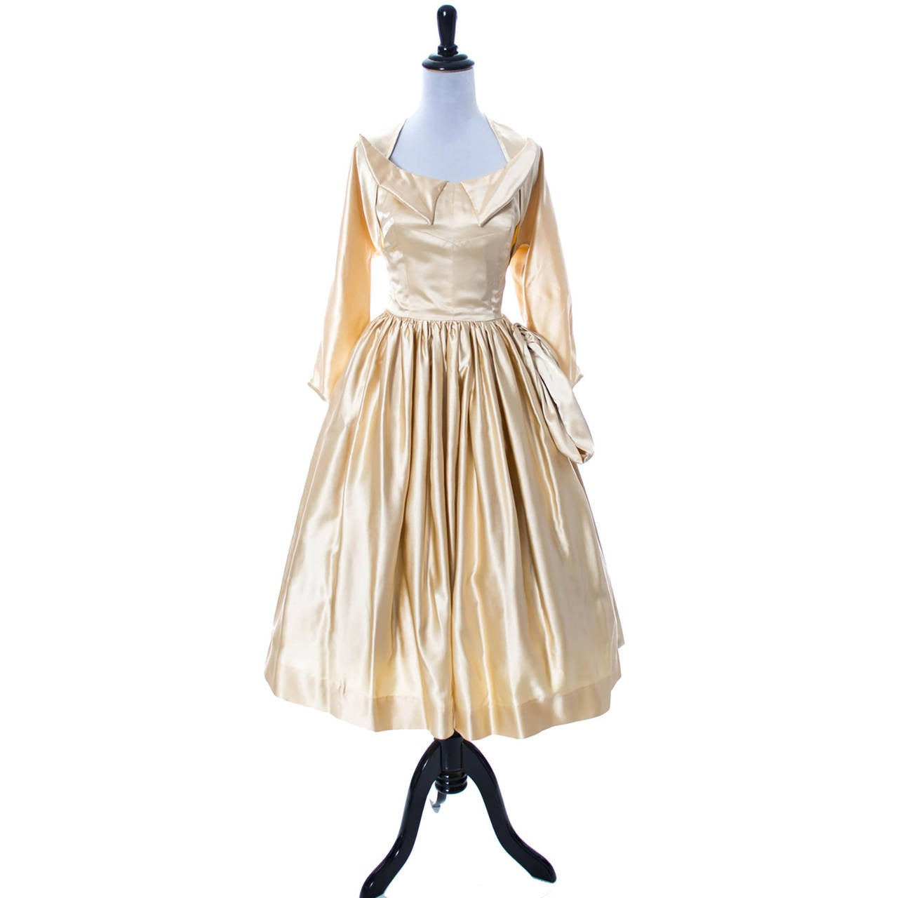 1950s Vintage Dress Champagne Satin Winged Bust Wedding Peg Powers Original 4