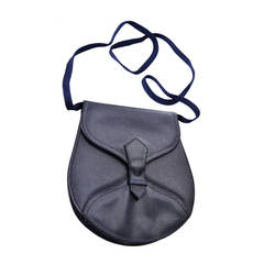 Vintage Yves Saint Laurent Shoulder Bags - 23 For Sale at 1stdibs