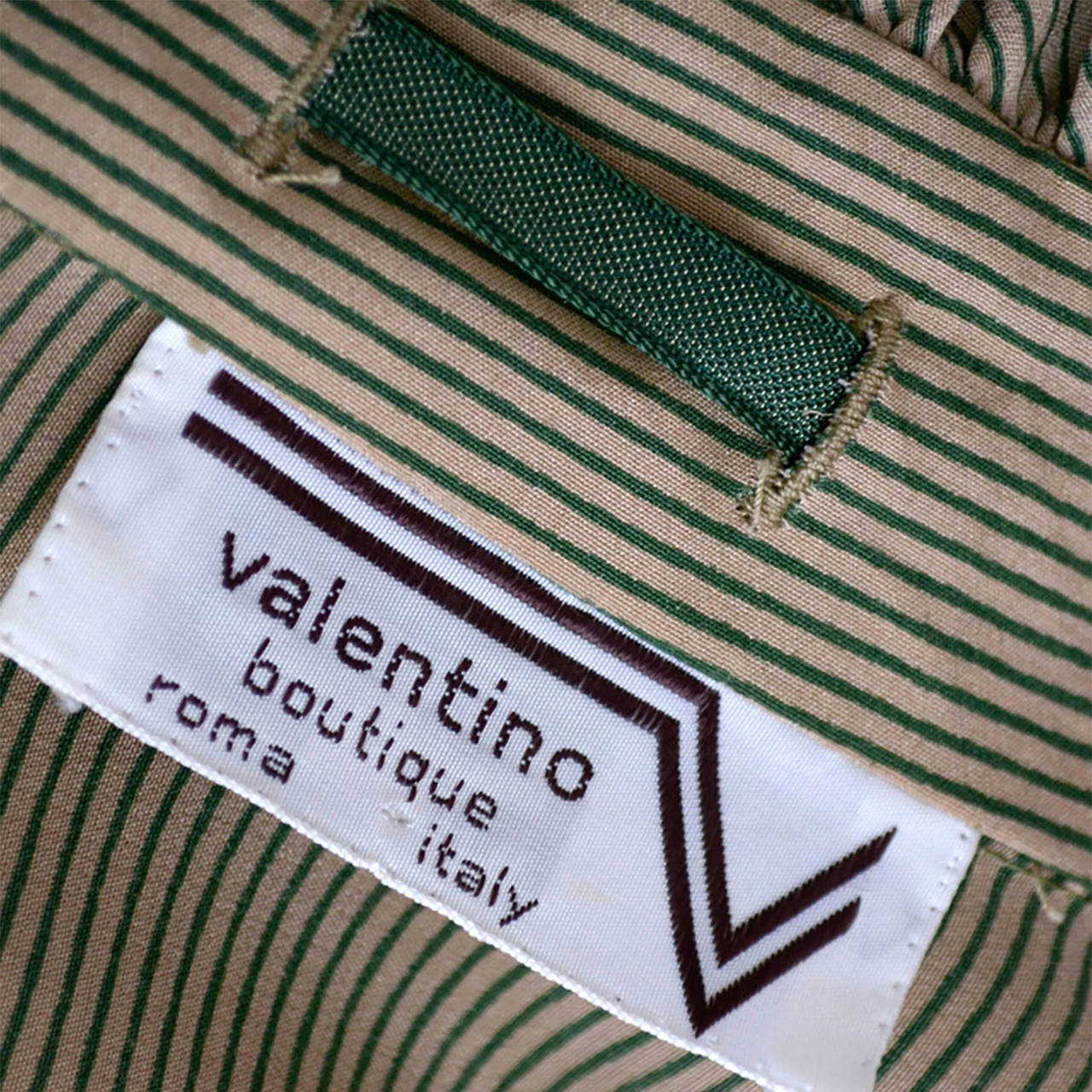 Valentino Boutique Vintage Blouse Green Taupe Silk Velvet Ribbon bow trim For Sale 1