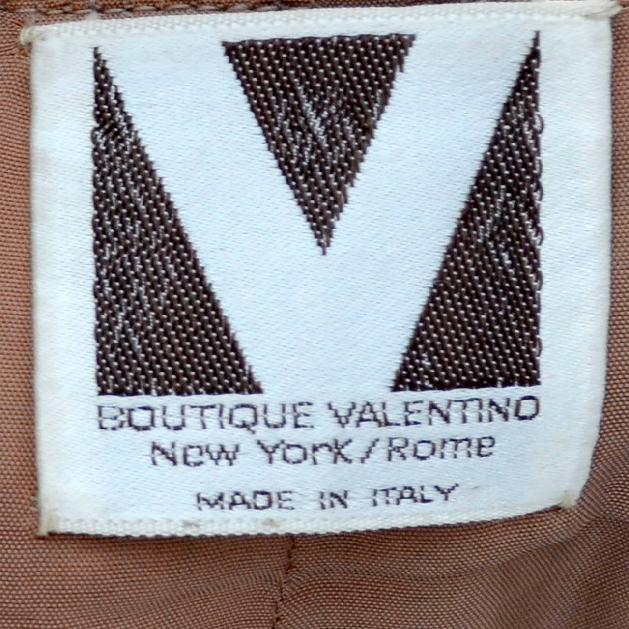 Brown Valentino Vintage Skirt Older Label Boutique Camel Wool 1960s For Sale