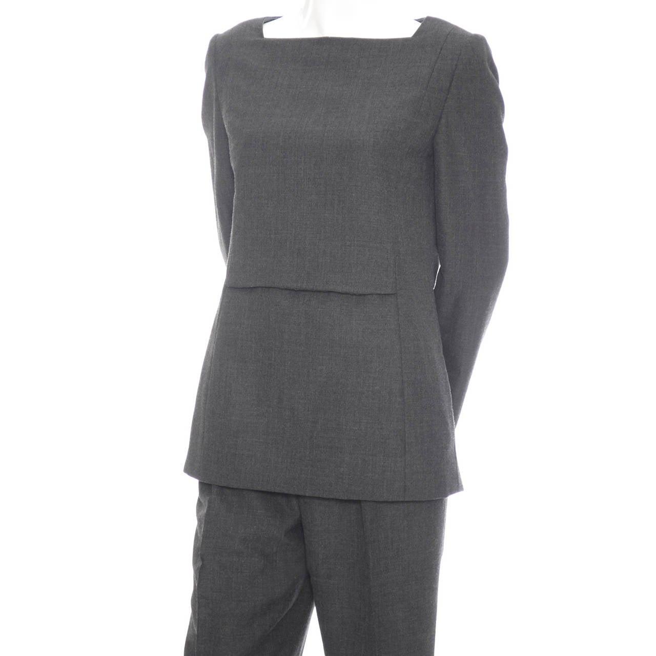 Small 0034 vintage dark gray wool pant suit