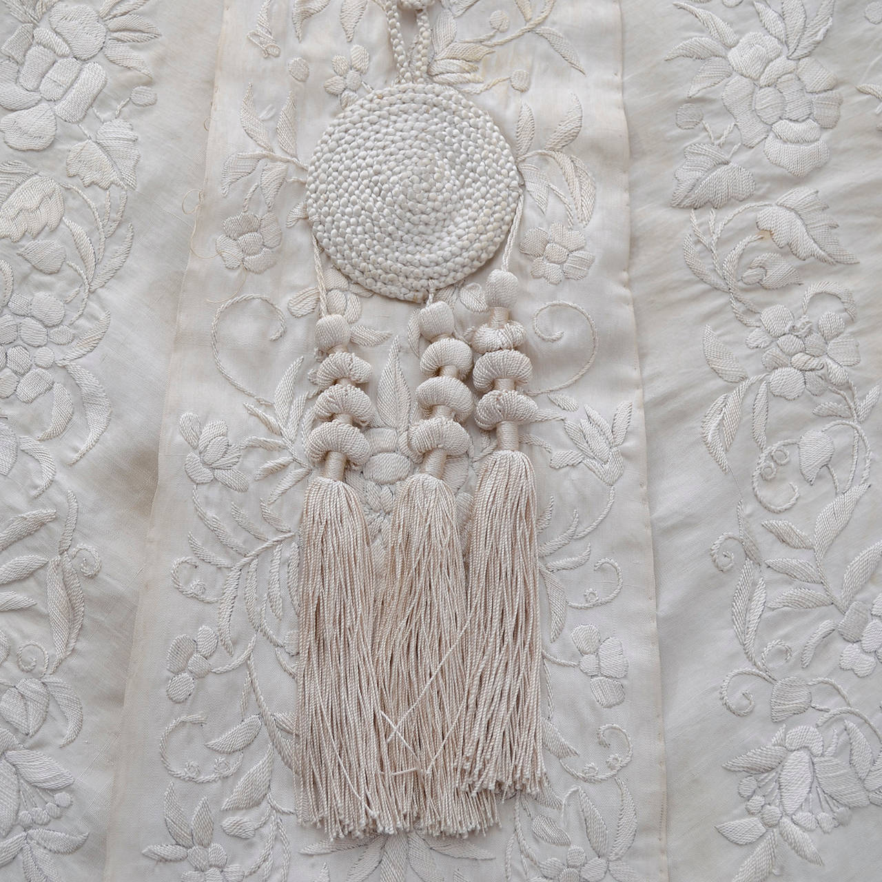 Ivory Edwardian Vintage Shawl Wrap Cape Fringe Antique Silk Embroidery Tassels 3