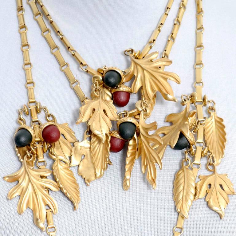 DKNY New York Long Vintage Acorn Leaf Leaves Necklace 7