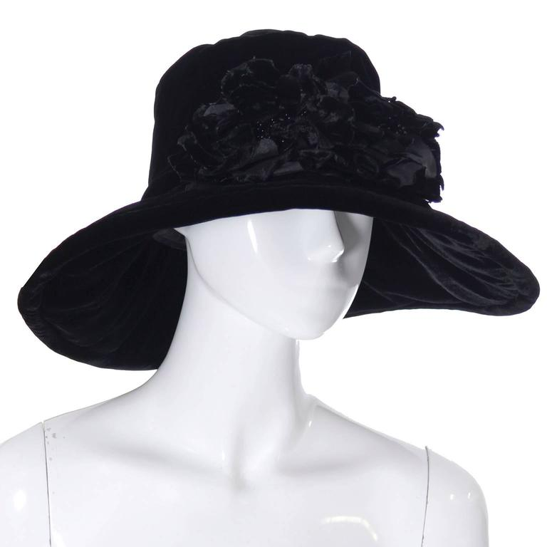 Donna Karan New York Vintage Hat Black Velvet Beaded Flowers Wide Brim NEW Tags In New never worn Condition For Sale In Portland, OR