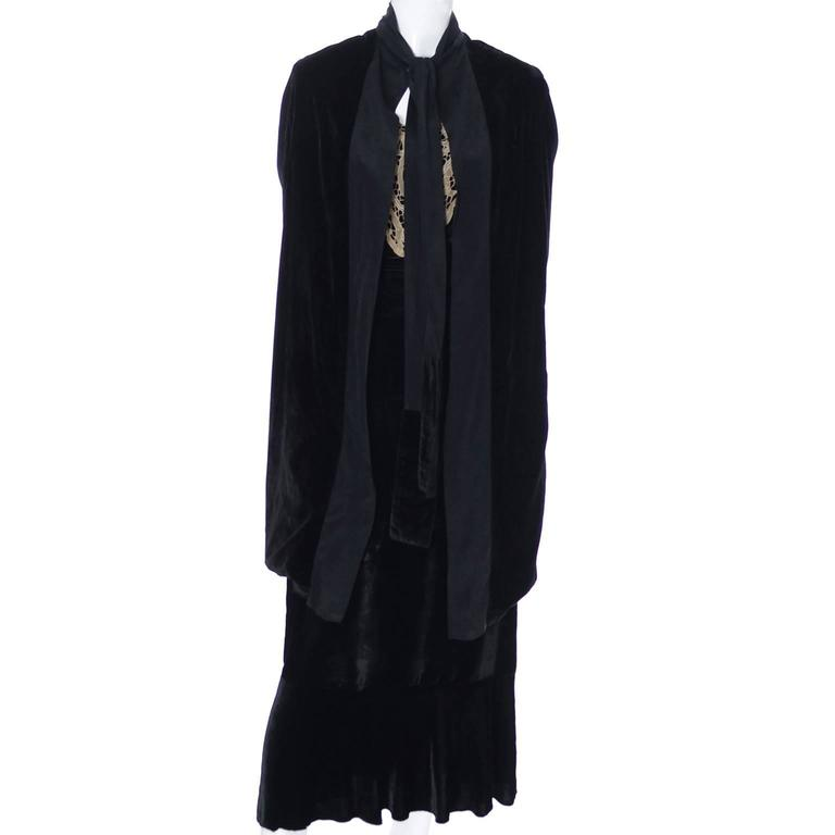 1920s Vintage Dress and Opera Coat Ensemble Suit Outfit Velvet ...