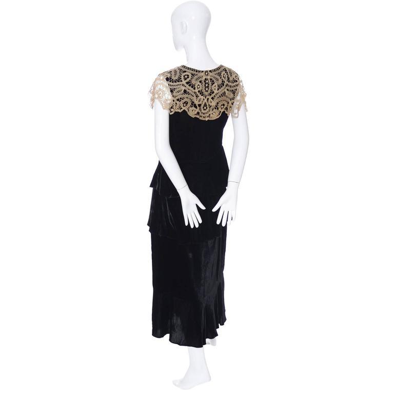 1920s Vintage Dress and Opera Coat Ensemble Suit Outfit Velvet Lace For Sale 2