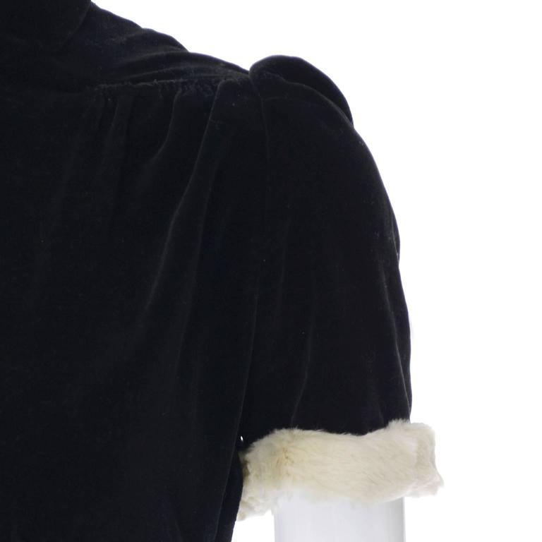 Numbered 1940s John Lewis Vintage Dress Long Black Velvet Evening Gown Fur Trim 6