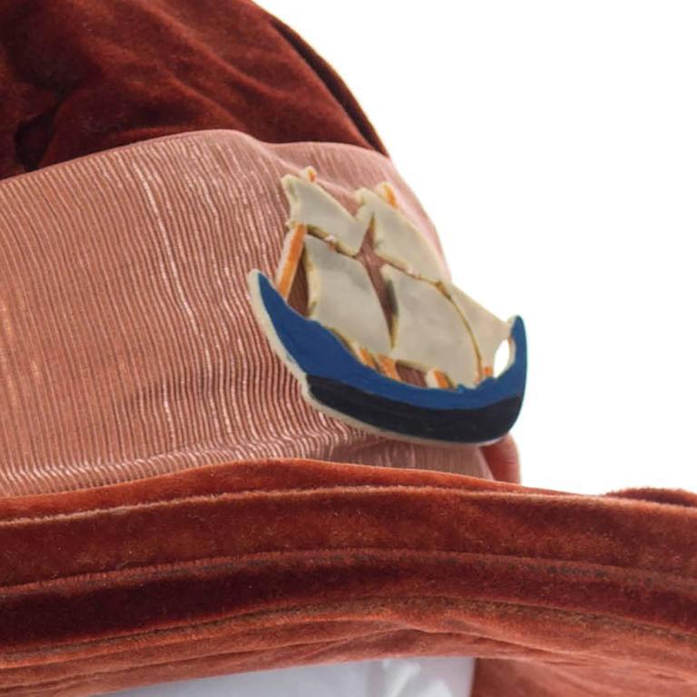 Beige Ladies Edwardian Vintage Velvet Hat With Wide Satin Ribbon and Antique Ship  For Sale