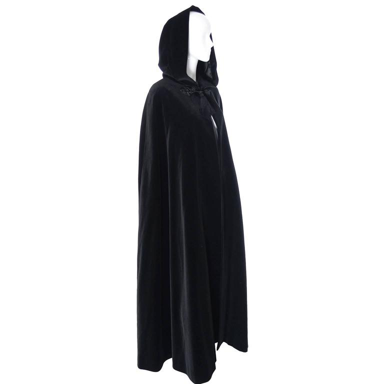 YSL Yves Saint Laurent Rive Gauche Vintage Opera Cape Hooded Black Velvet 4